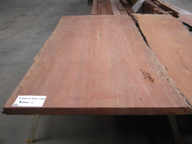 Redgum seasoned slab