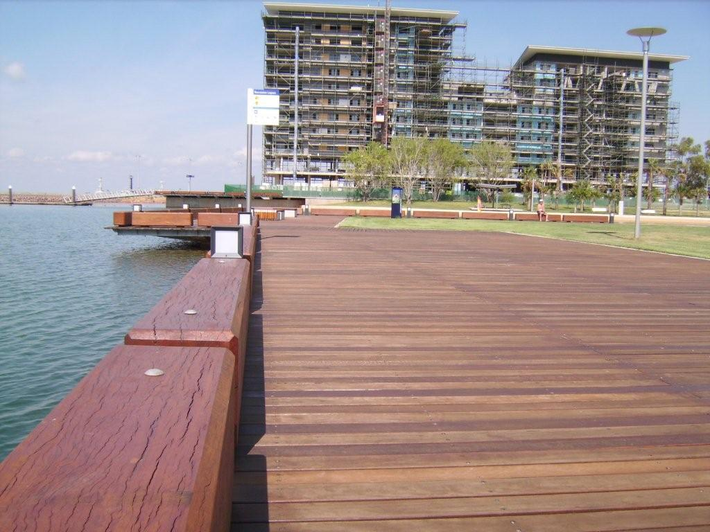 Boardwalk Decking with Large Posts