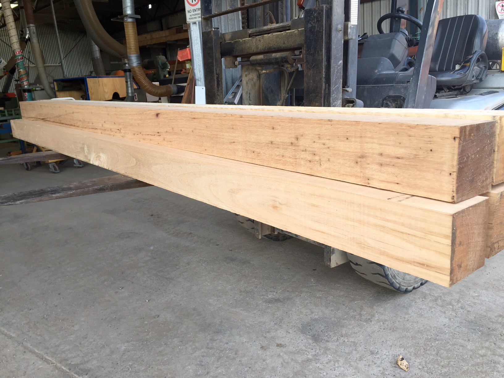 Dressed Blackbutt Posts 150 x 150