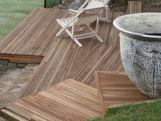 Southern Mahogany Deck Project